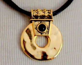 CHICOS Necklace Gold Medalion Necklace Signed Modernist Vintage