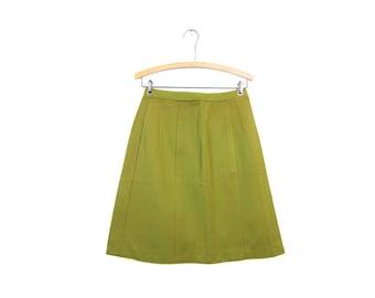 60s OLIVE Green High Waist Skirt 1960s A Line Stretchy Mod Mini Skirt Basic Plain Skirt Hipster Girl Louannes Vintage Womens Medium