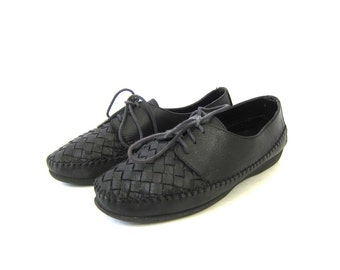 vintage black leather moccasin sandals Lace Up Woven sandals womens black leather shoes Hipster indie Girl size 9