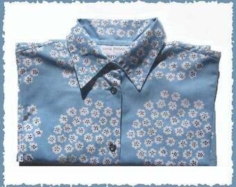 MARIMEKKO Mika Piirainen Floral Bouquet Blouse/Shirt,Celestial Blue and White Cotton Print,Size 4,Vintage Fashion,Women