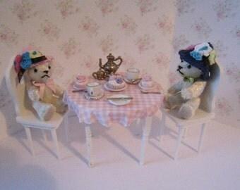 Dollhouse Teddy Birthday, Bear vignette, Mini teddies Teddy tea,  Teddies, Teddy bears, Bears, mini bears Twelfth scale dollhouse miniature