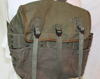 Vintage US Military Green Canvas Back Pack