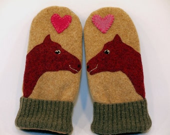 Wool Sweater Horse Mittens Eco Friendly Mittens Felted Wool Beige Moss Green Wine Red Applique Fleece Lining Suede Palm Recycled  Size S/M
