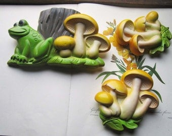 Vintage Chalkware * 1970's Miller Studio Chalkware * Frogs and Mushrooms * Woodland Spring Wall Art * Garden * Spring Decor, Patio Porch *