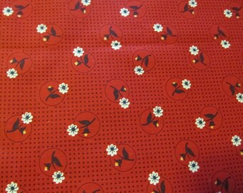 Free Shipping! Vintage Red Floral Print, 36 inch Width. 1/2 Yard, 16209