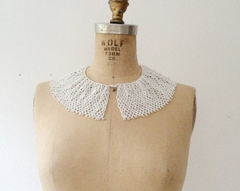 vintage collar necklace / beaded bib necklace / Fiorina necklace