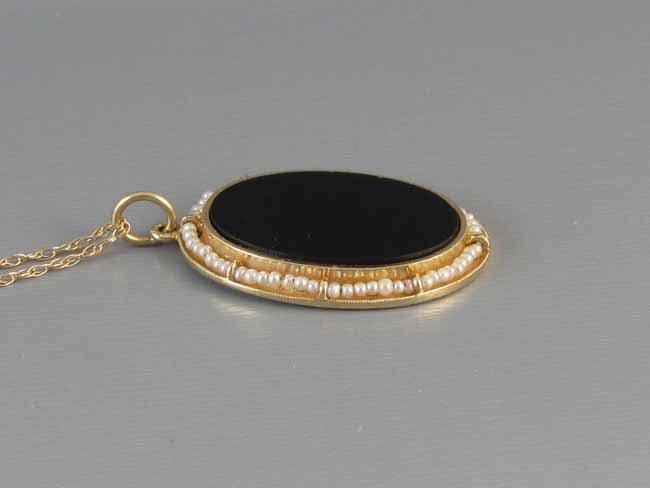 Antique Edwardian 14k gold seed pearl black onyx mourning pendant necklace