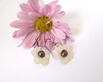 Sea Shell Earrings with Freshwater Pearl