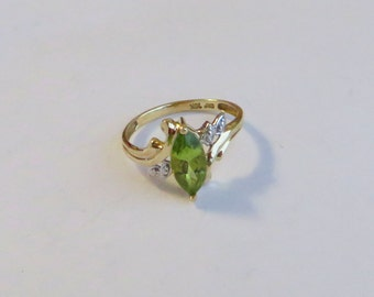 Dramatic Marquise Cut Peridot Gemstone Ring in solid 10K yellow gold, size 6, free US shipping on vintage