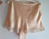 """Peach Silk Tap Pants with Tulle Lace Trim By Vendome 28"""" Waist"""