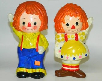 "Vintage Piggy Banks RAGGEDY ANN and ANDY 1960s Ceramic 8"" (20 cm) w/ Rubber Stoppers Stamped: Japan. CrabbyCats, Crabby Cats"