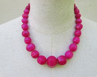 Chunky Hot Pink Magenta Necklace, Beaded Statement Necklace , Fuschia Necklace