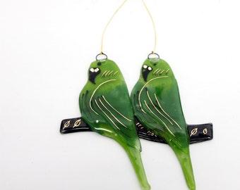 Fused glass green parot birds Suncatcher Ornaments and Decorations hanging wall art.