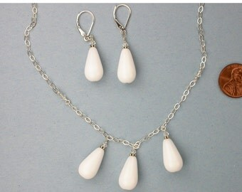 White Czech Glass Teardrop Necklace Set