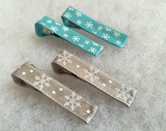 Winter themed ribbon clips