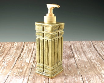 Ceramic Pottery Kitchen Soap Dispenser - Prairie Style Pottery - Beige Pump - Bathroom Soap Pump - Aged Green - 853