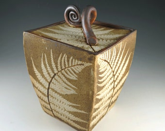 Handmade Ceramic Pottery Lidded Box in Fossil Fern Pattern - Pottery Container - 660