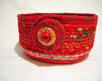 Coiled Fabric Bowl in Sparkling Christmas Red