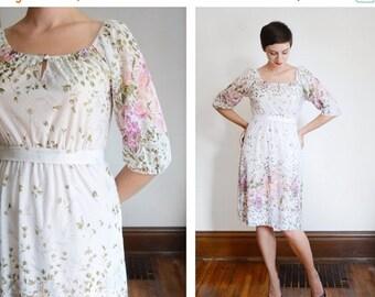 SUMMER SALE 1970s Sheer Floral Dress - S/M