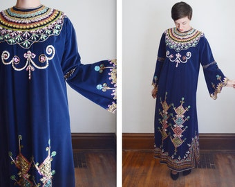 1960s Sequined Blue Velvet Caftan - M/L