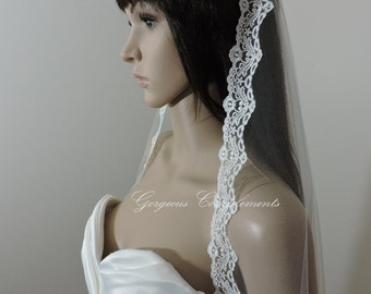 Mantilla Bridal Veil with Delicate Embroidered Lace Trim Ivory or Light Ivory, Bridal Veil