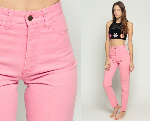 Product Description Designed to smooth and enhance. Our shaping jeans slim your tummy.