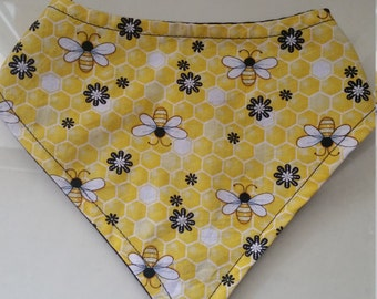 Bee bandana bib