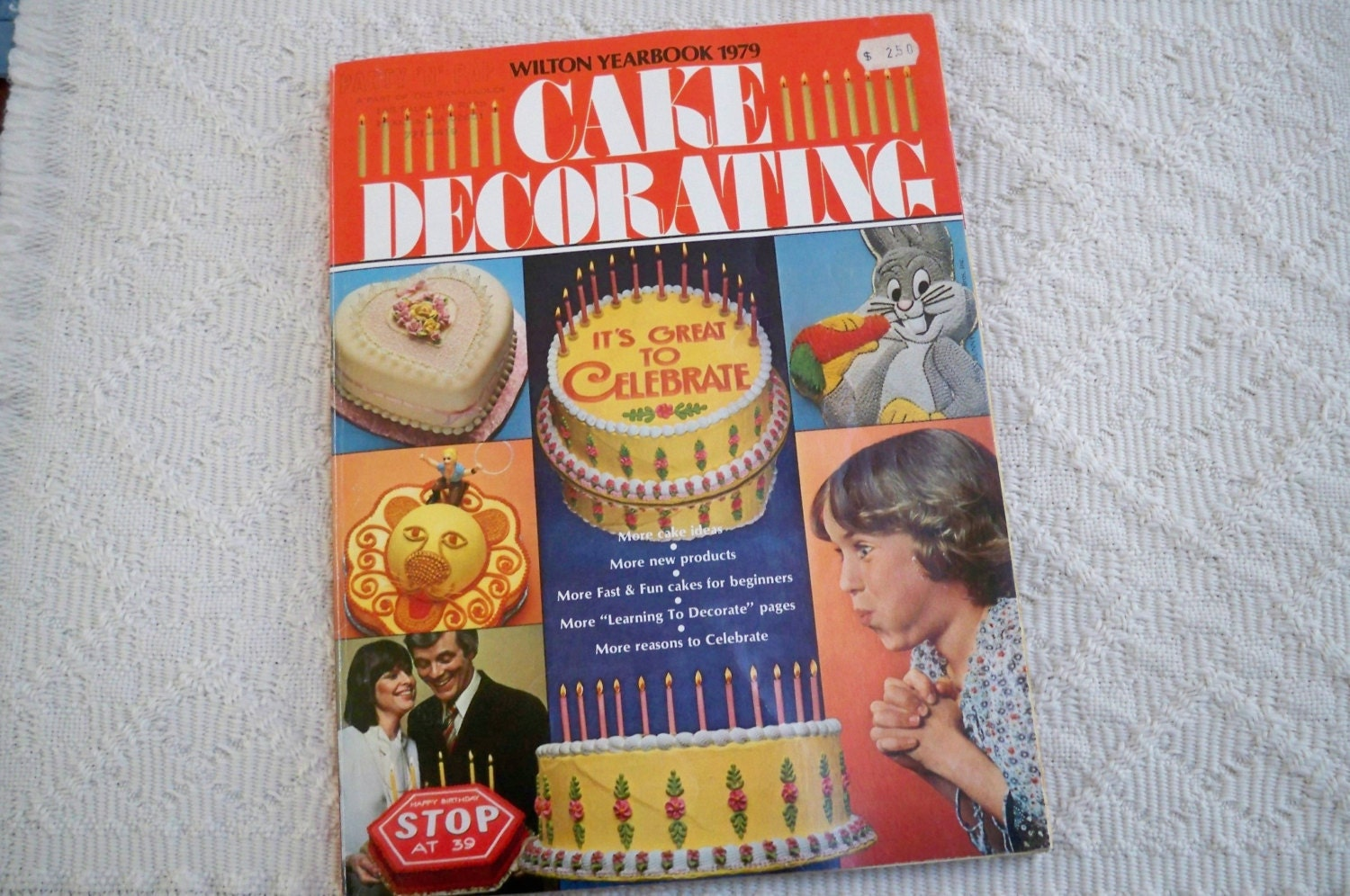 Cake Decorating Books Collection : Vintage Book Wilton Yearbook 1979 Cake Decorating Paperback
