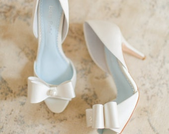Pearl and Bows Ivory Wedding Shoes, silk bridal D'orsay Peep Toe Pumps - vintage like - Bella Belle Julia