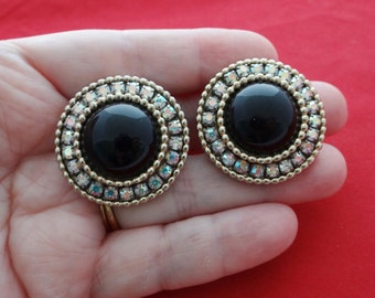 """1940s Vintage 1.5"""" gold tone earrings with black center stone and rhinestones in great condition"""