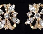 Vintage TRIFARI Rhinestone Earrings / Trifari Earrings / Trifari Crystal Earrings / Trifari Wedding Earrings / Trifari Clip Earrings