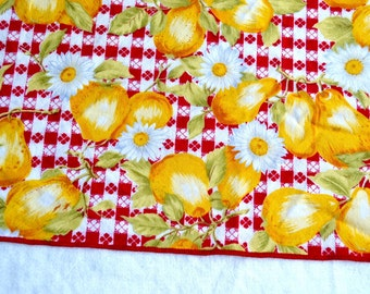 Cotton Napkins - Yellow Pears and Daisies on Red Gingham - A Set of 6