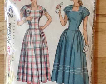 Vintage Simplicity 2406 Misses' Dress - size 12