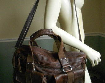 LL Bean Leather Bag / Travel Bag / Overnight Leather Bag