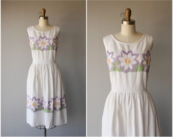 Vintage 1950s Dress | 50s Dress | 1950s Floral Embroidered Day Dress | 1950s Sun Dress