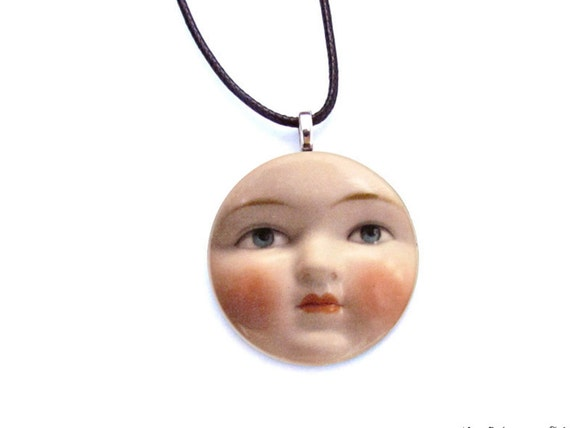 Luna Necklace - Full Moon Necklace - Doll Face Pendant - Luna Brooch