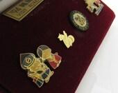 Vintage Souvenir Jewelry Lapel Pin Set Boxed Korea 1994