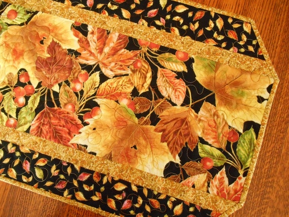 Quilted Fall Table Runner with Autumn Leaves and Berries, Fall Leaves in Brown Gold and Red, Quilted Autumn Table Runner, Fall Table Mat
