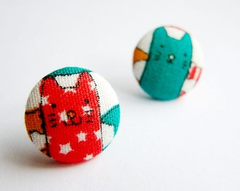Fabric Button Earrings / Clip On Earrings / Post Earrings - cat earrings in red and green