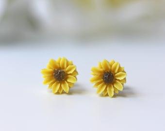 Sunflower Titanium Studs Simple Nicke Free Yellow Flower Dainty Earrings