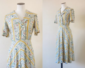 Kathy dress | Sailor cotton day dress with floral print | 1950's by Cubevintage | small to medium