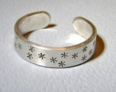 Sterling Silver Adjustable Star Studded Ring with Celebrity Shine for the Fingers or Toes - Solid 925 TR477