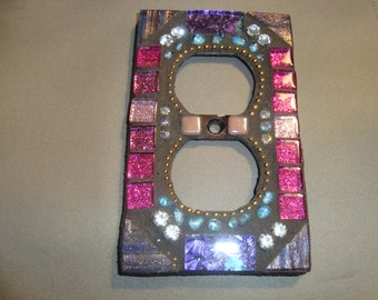 MOSAIC Electrical Outlet COVER , Wall Plate, Wall Art, Multicolored, Magenta, Lavender, Purple, Pink, Blue