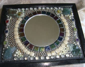 Bejeweled MOSAIC ACCENT MIRROR: Multicolored