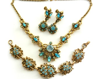 Early Coro blue Rhinestones Floral demi Set  - Necklace Bracelet Earrings High-end of abt 1945s  - CORO Parure in Original Box - art.300/4-