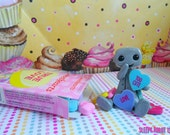 Candy Heart Cutie Robot (Too Cute)- Limited Edition
