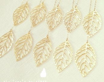 Leaf Lariat in Gold - gold dainty leaf pendants - Gold Jewelry - Wedding Jewelry - Bridal Jewelry - Gift For - Christmas