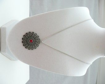 nnm-Filigree Medallion with Red Center Necklace