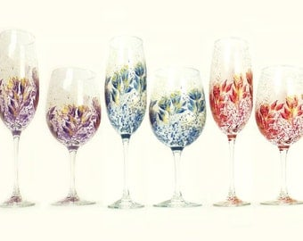Mix and Match Bridesmaids' Set - 5 EACH Wine + Champagne Glasses - Choice of Colors - Personalized Wedding Party Gifts