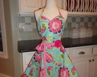Garden Favorite~ Sadie Style Sweeetheart Neckline  -  Women's Apron ~ 4RetroAprons